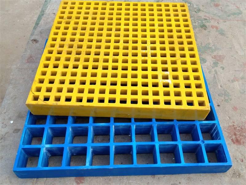 生产玻璃钢格栅板时的表面处理