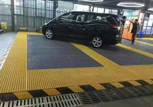 洗车玻璃钢格栅板铺设时怎么设计排水沟?