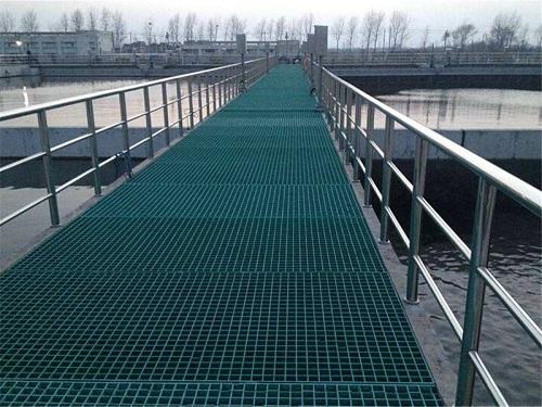 浙江一污水处理厂应用玻璃钢格栅项目